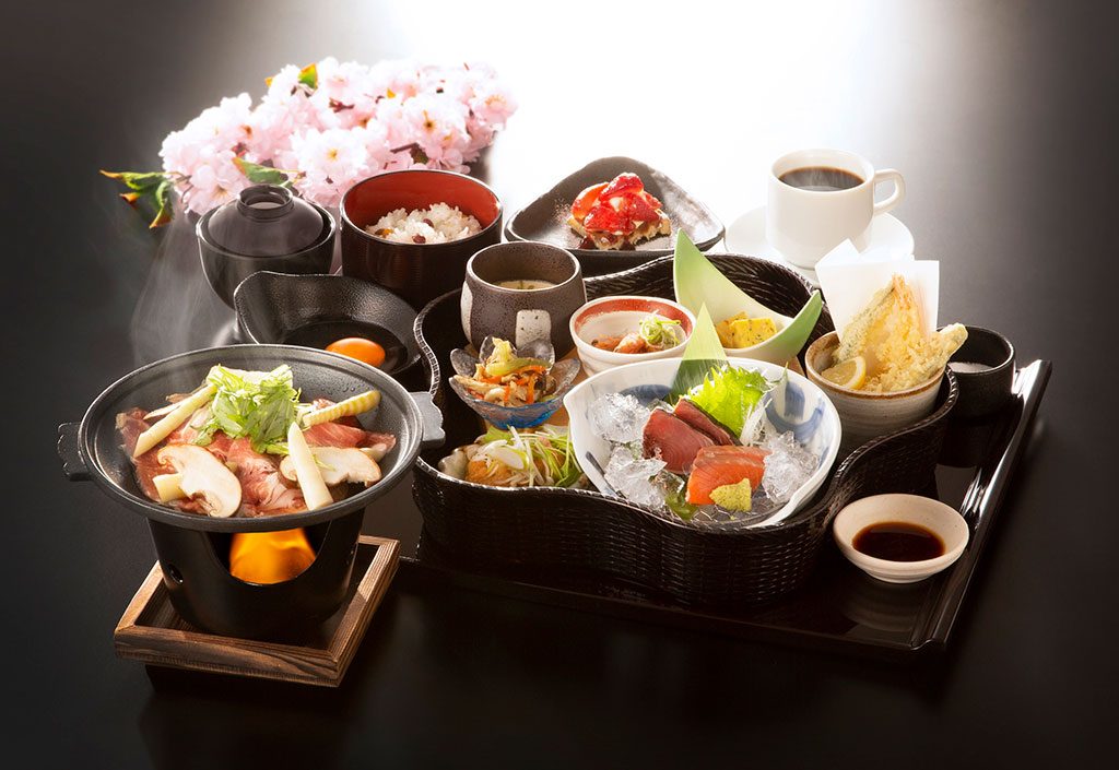 【ご両親】へのプレゼントに最適! 感謝の気持ちを込めて和食の食事券を贈ろう・大阪編