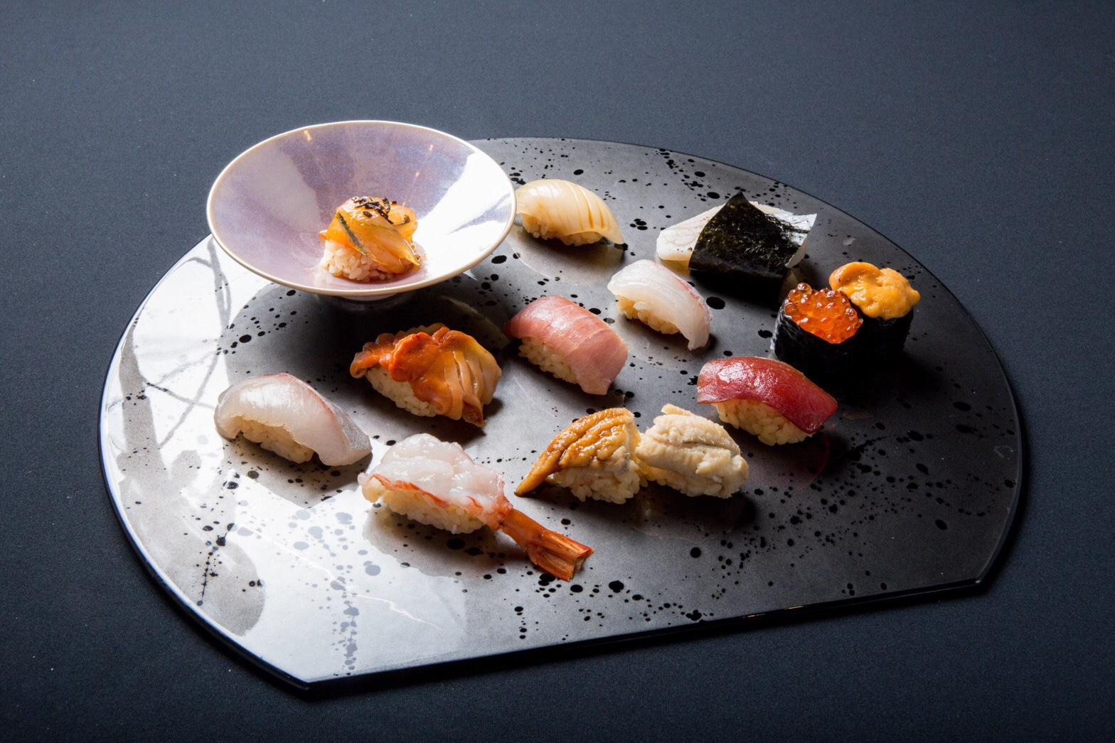 プレゼントに最適な「ごちめし」の食事券。新鮮なネタと極上のシャリのハーモニーを満喫!食通も唸る本格寿司・兵庫編