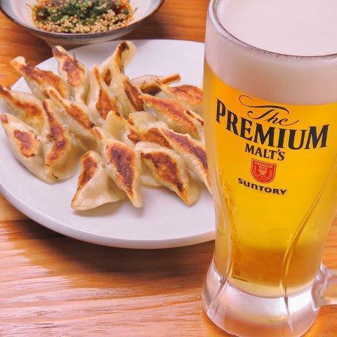 食事券はギフトに最適。1人で10個、20個は当たり前!福岡のご当地グルメ・一口餃子を堪能できるお店