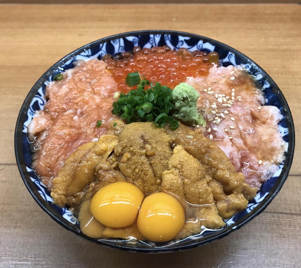 【「さきめし/ごちめし」が人気店を紹介】ガッツリ丼!東京「深川つり舟」