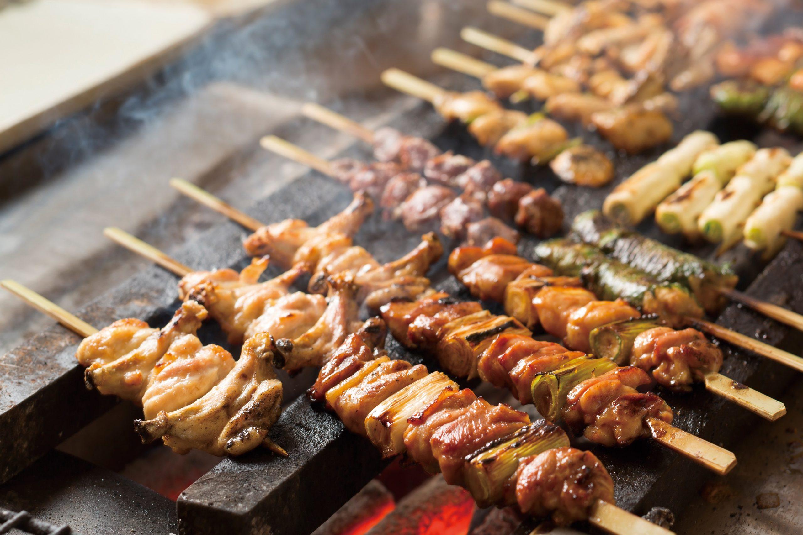 【父の日のプレゼントに食事券を】頑張るお父さんに贈りたい北海道の串焼&土鍋めし
